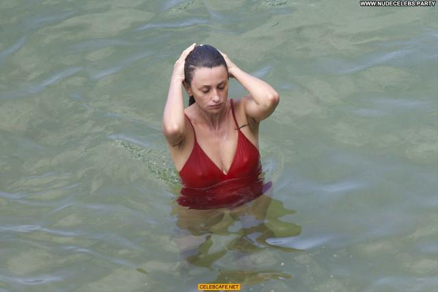 Penelope Cruz No Source Hard Nipples Celebrity Beautiful Babe Posing