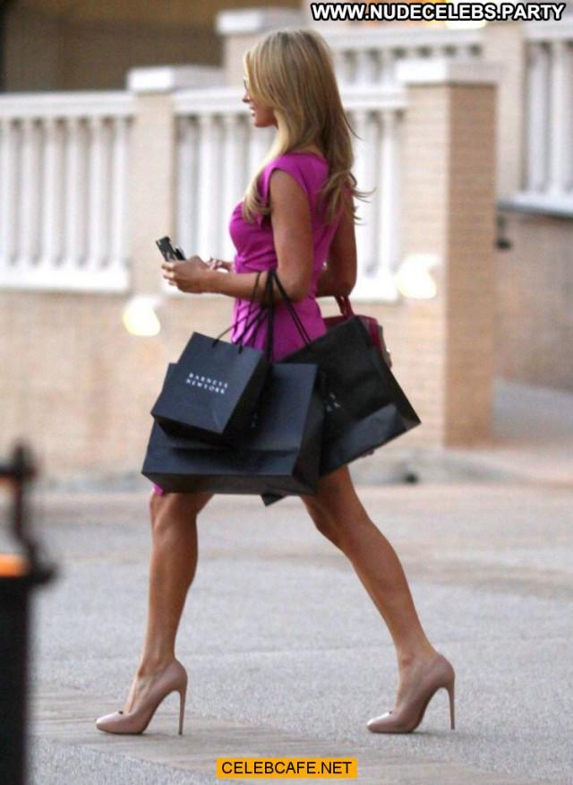 Paris Hilton Beverly Hills Bar New York Celebrity Beautiful Babe
