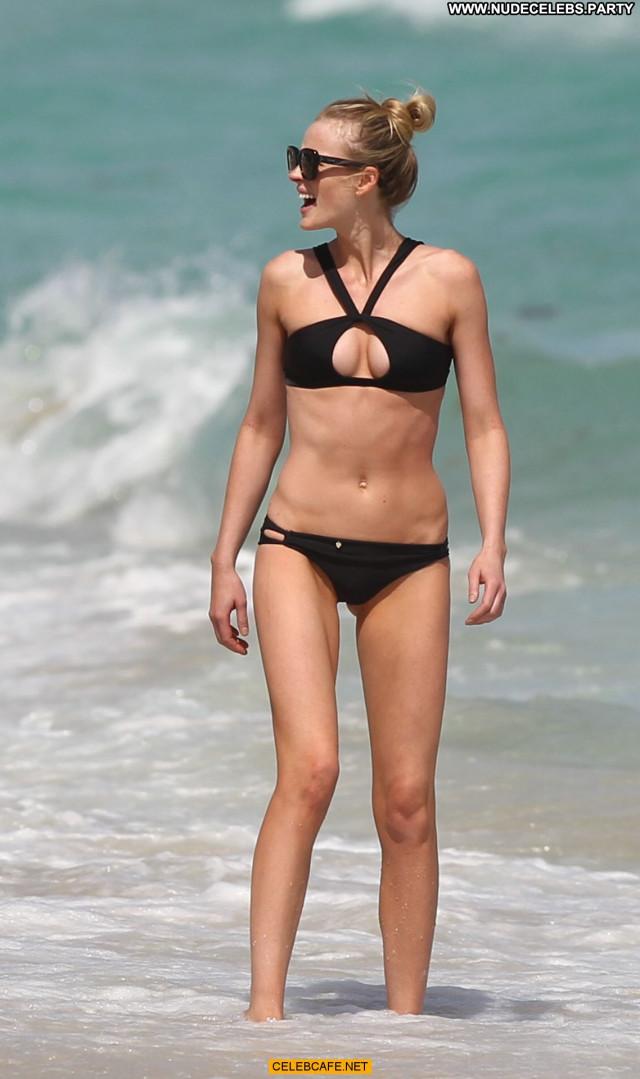 Anne Vyalitsyna No Source  Posing Hot Babe Black Celebrity Bikini