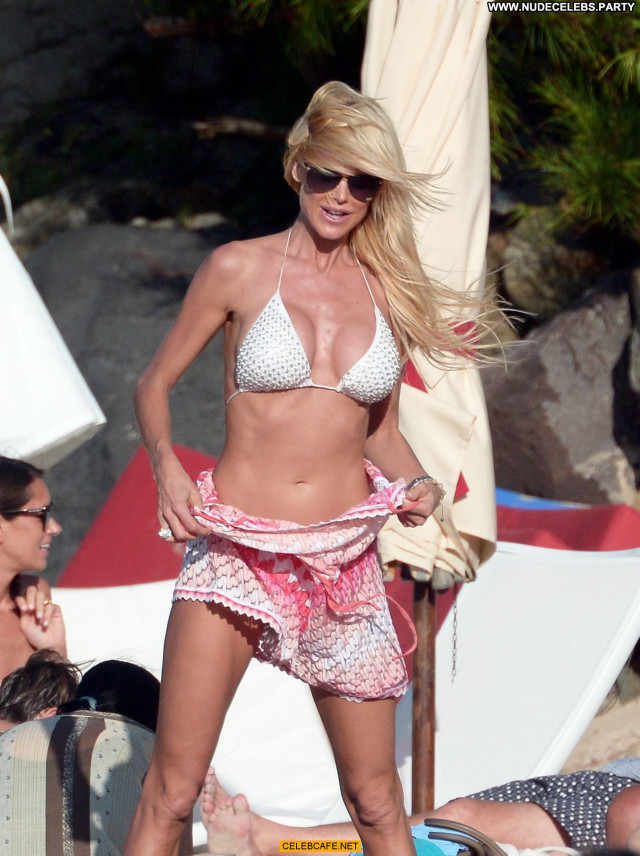Victoria Silvstedt No Source Beautiful Posing Hot Bikini Sexy Sex