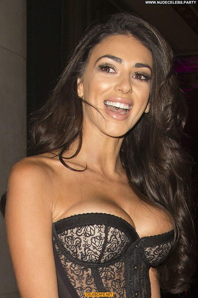 Georgia Salpa No Source Uk London Posing Hot Celebrity Cleavage Babe