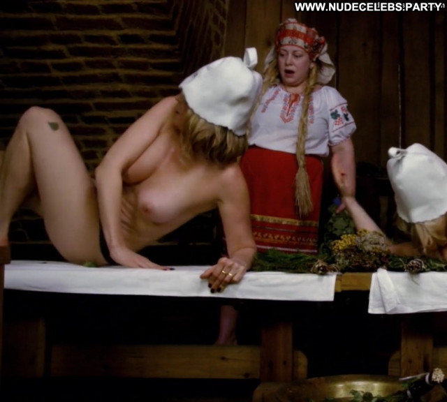 Chelsea Handler No Source Spa Breasts Nice Ass Tits Shower Russia Wet