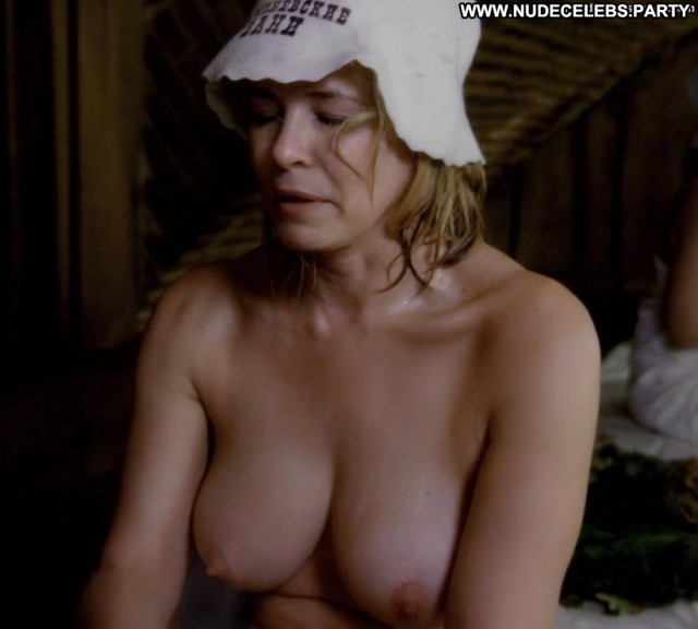 Chelsea Handler No Source Breasts Big Tits Ass Beautiful Wet Topless