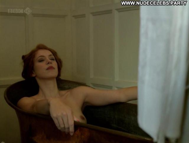 Rebecca Hall Parade S End Tits Celebrity Redhead Movie Posing Hot