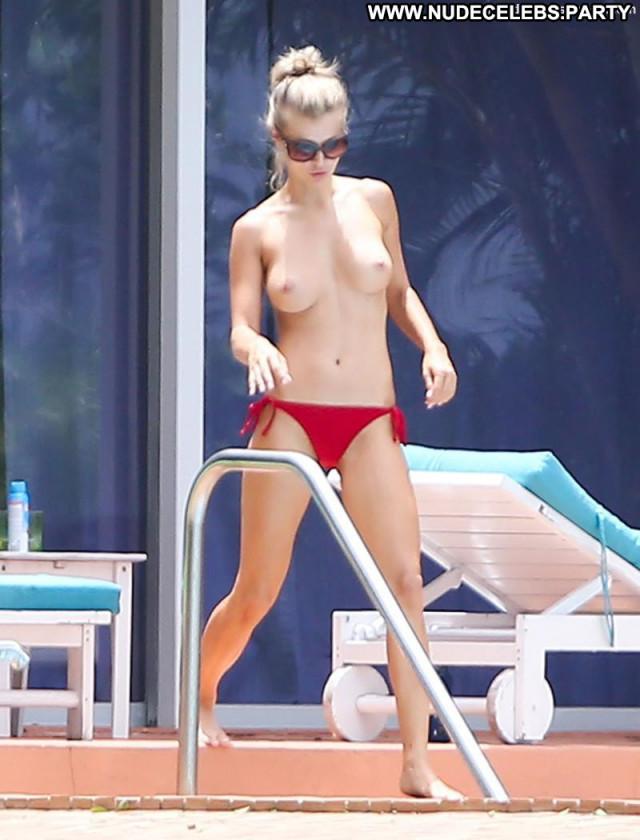 Joanna Krupa No Source Pool Posing Hot Boyfriend Toples Bikini
