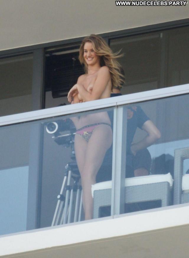 Rosie Huntington Whiteley Photo Shoot Bra Beautiful Nipples Posing