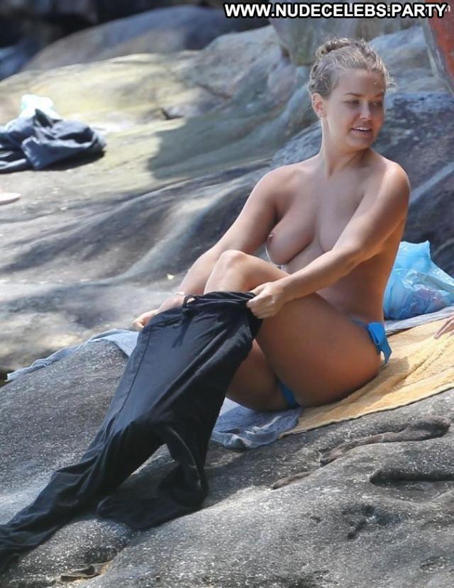 Lara Bingle No Source Babe Breasts Black Celebrity Beautiful Beach