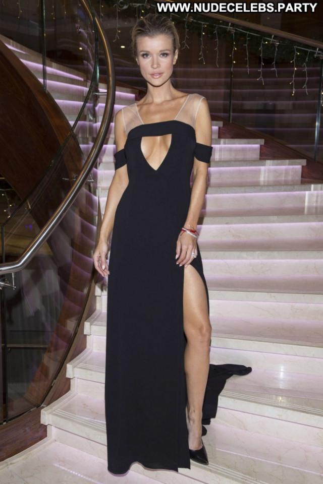 Joanna Krupa No Source Babe Posing Hot Car Celebrity Paparazzi