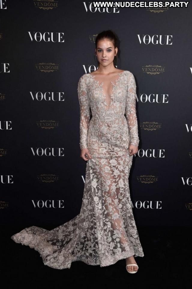 Vogue Anniversary Party Party Babe Paris Celebrity Paparazzi Posing