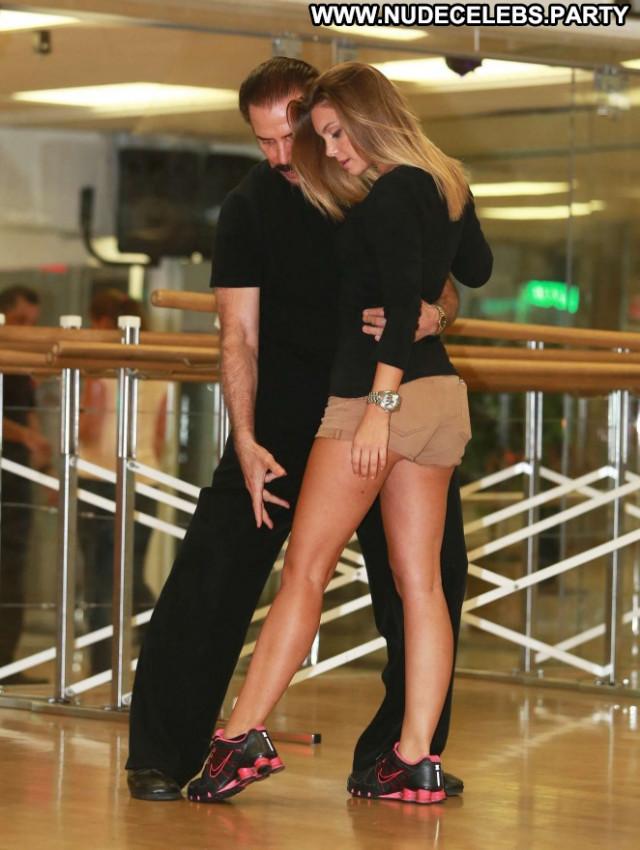 Chelsea Heath Paparazzi Beautiful Posing Hot Babe Doctor Celebrity