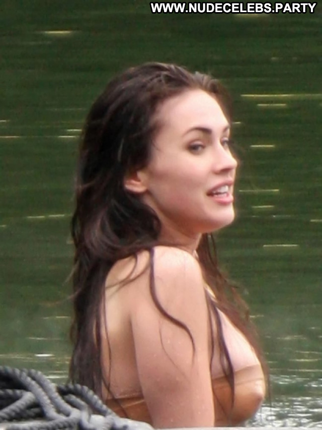 Celebrities Nude Celebrities Posing Hot Beautiful Famous Hot
