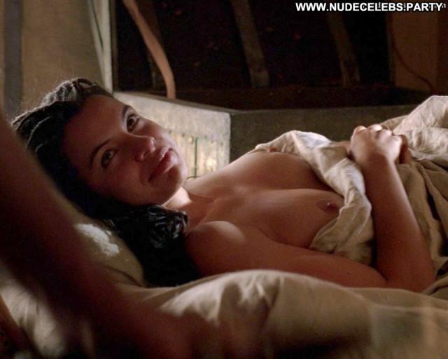 Zuleikha Robinson No Source Beautiful Posing Hot Babe Topless Breasts