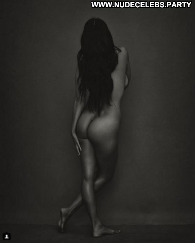 Kourtney Kardashian No Source Celebrity Nude Scene Perfect Beautiful
