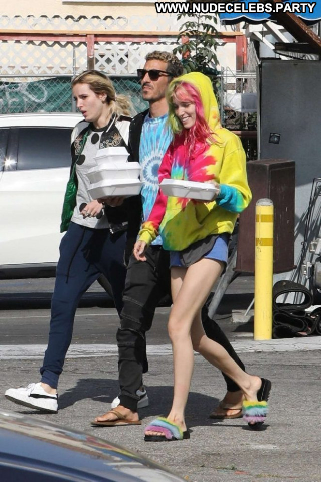 Bella Thorne Los Angeles Los Angeles Posing Hot Celebrity Babe Angel