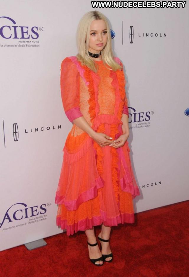 Dove Cameron Los Angeles Celebrity Awards Angel Babe Posing Hot Los