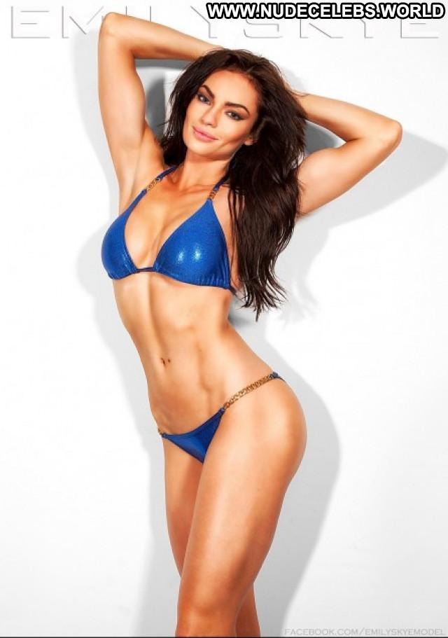 Emily No Source Posing Hot Beautiful Sex Australia Australian Sexy