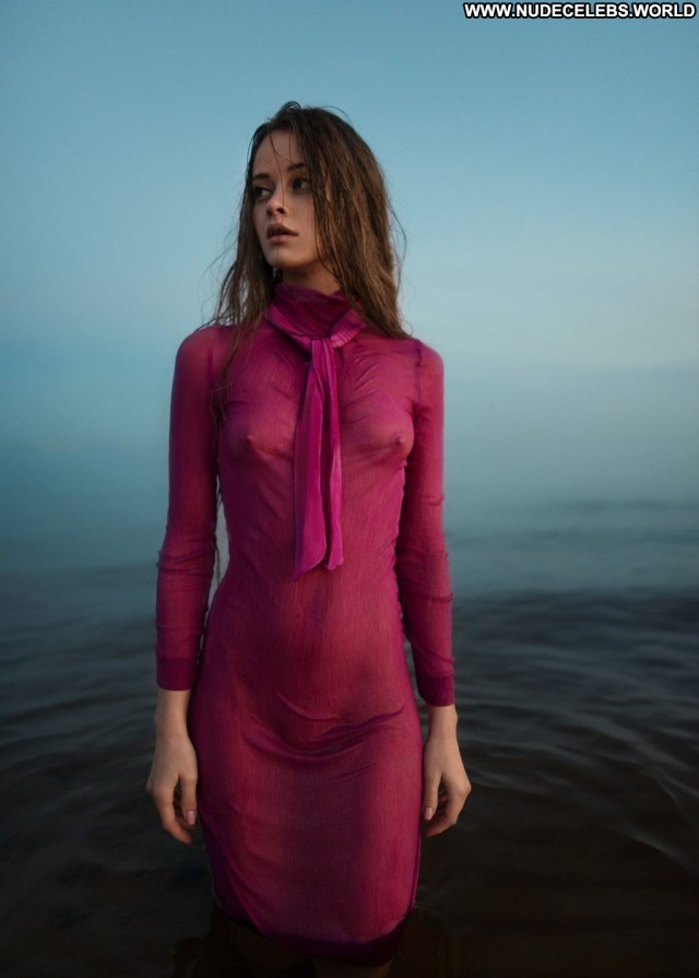 Olga Alberti The Girl Male Topless Singer Leaked Beautiful Skinny