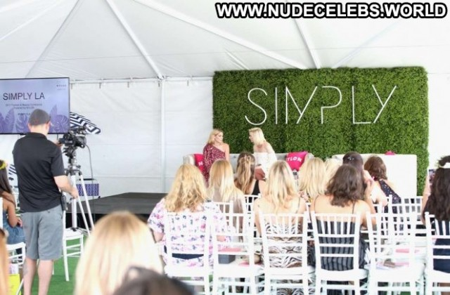 Ashley Greene Los Angeles Beautiful Angel Paparazzi Celebrity Los