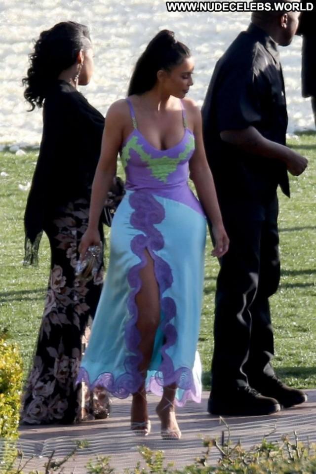 Kim Kardashian The Wedding Beautiful Paparazzi Celebrity Babe Posing
