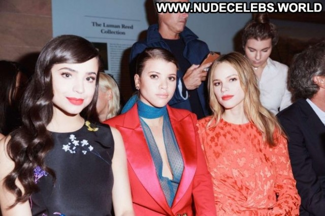 Carolina Herrera Fashion Show Fashion Babe Beautiful Celebrity Car
