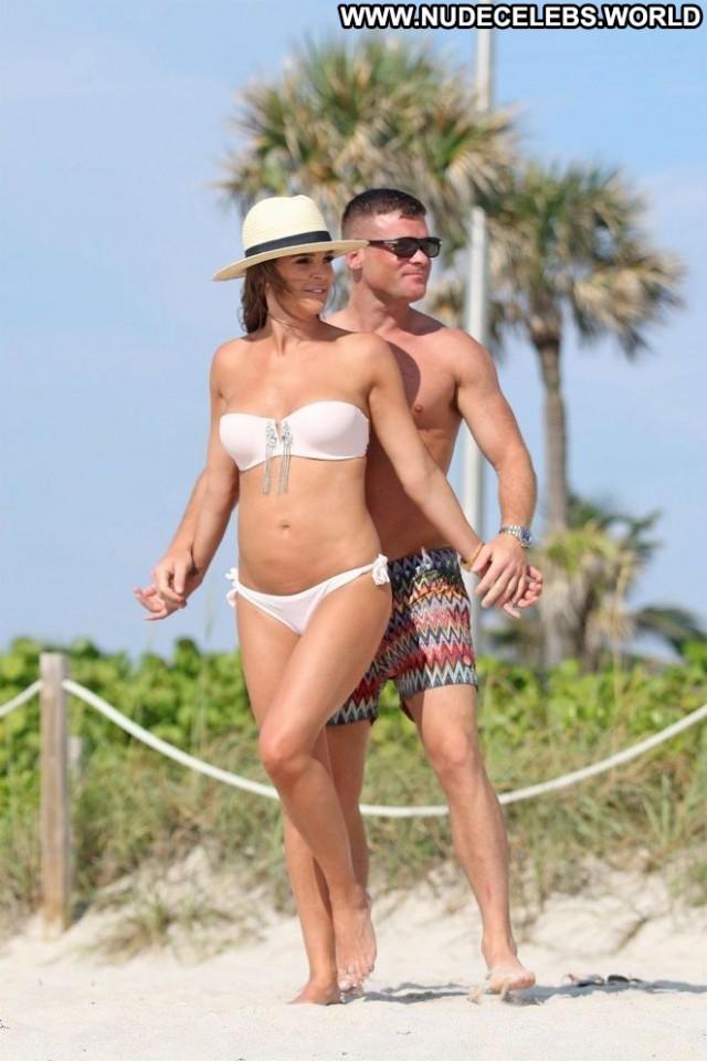 Danielle Lloyd The Beach Beach Beautiful Paparazzi Bikini Posing Hot