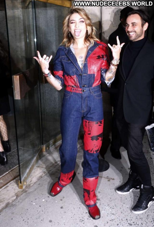 Paris Jackson Fashion Show Fashion Celebrity Babe Beautiful Posing