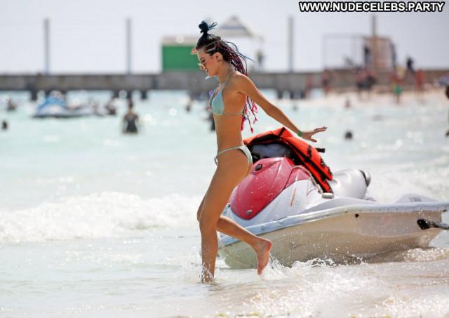 Bella Thorne No Source Usa Babe Celebrity Beautiful Bikini Posing Hot